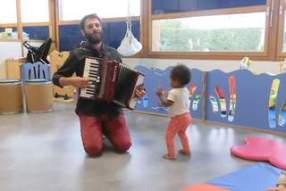 Musique à la crèche de Mussidan