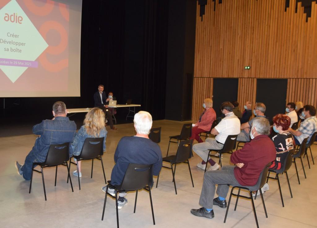 1er forum des artisans à la communauté de communes Isle et Crempse en Périgord